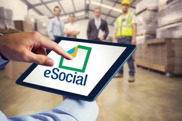 Como o eSocial impacta nos planos de cargos e salários das empresas?